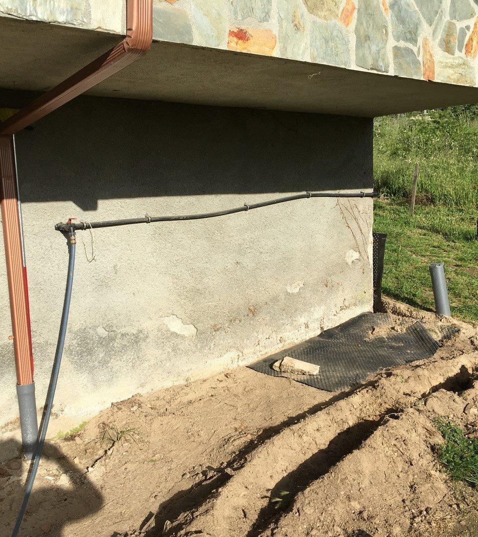 CONSTRUCCIÓN DE BAÑO EXTERIOR. (VILAR CHAO)
